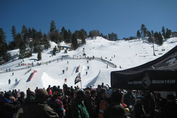 War of Rails brings freeskiers to the rails at Bear Mountain.