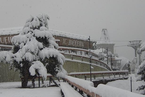 Fresh snow in Baqueira Beret. Nov. 27, 2012