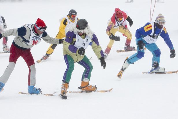 finish of snowlerblade race_PMSClassic_2011_0324