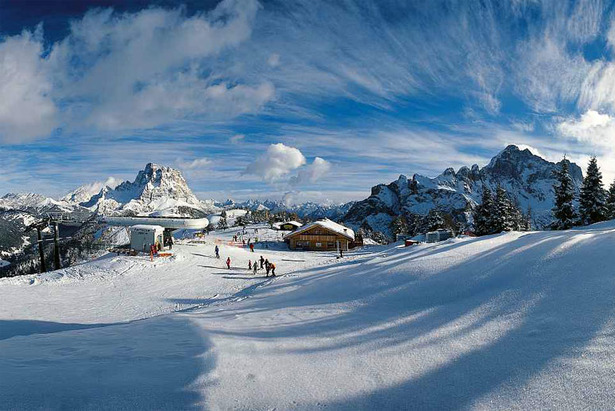 - ©Dolomiti Superski