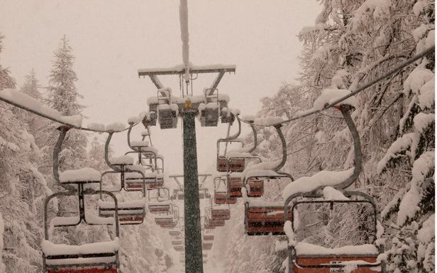 Snow piling up on the chairs in Gressoney - Monterosa Ski, Italy. Nov. 29, 2012 - ©Arch. Fotografico Monterosa Ski