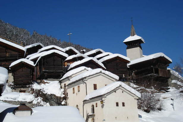 The village of Grimentz in winter