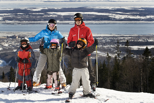 Spend quality time on snow with the whole family. Photo Courtesy of Mont-Sainte-Anne.