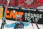 Svindal wird zum Herrn der Raubvögel - ©Doug Haney U.S. Ski Team