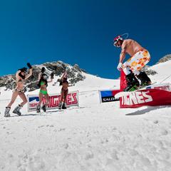 Bikini Contest sur les pistes de ski de Tignes