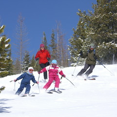Schweitzer ID family skiing - ©Schweitzer Mountain Resort