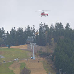 Helicopter delivery of parts for the new 6-person chairlift on the Kappe mountain in Winterberg