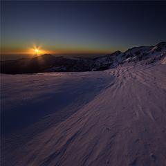 Garessio 2000 - Alba sulla neve vista mare - ©Garessio 2000