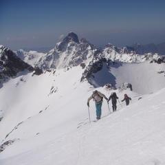 Ski mountaineering in Corsica. Courtesy Montagnes de Corse.