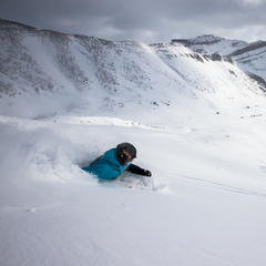 Photo Gallery: Lake Louise Powder Skiing, Pass the Snorkel