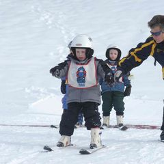 Kinderen leren skiën in Shawnee Mountain, Pennsylvania.