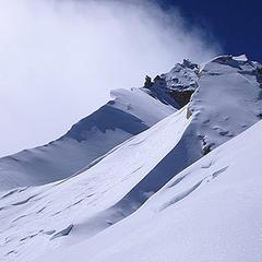 Die sehr ausgesetzten Meter zum Manaslu Gipfel - ©www.amical.de