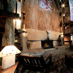 Bear Valley Lodge lobby