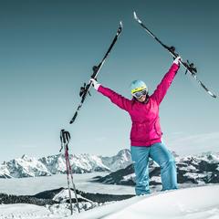 Jubel mit Aussicht im Skigebiet Schmitten bei Zell am See - ©schmitten.at / Felsch