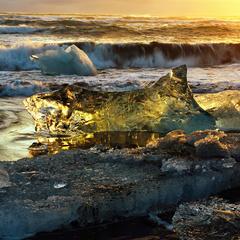 Die Sonnenstrahlen brechen im Eis und sorgen für tolle Bilder - ©Norbert-Eisele Hein