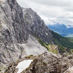 Ausstieg Anna-Klettersteig: Die Sonne kommt raus! - ©Bergleben.de