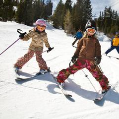 Winter Park CO kid skiers