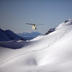 Helikoptéra namiesto vleku - nová dimenzia lyžovania