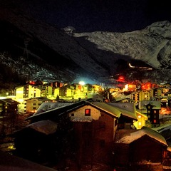 Saas Fee village at night