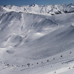 Palinkopf run, Ischgl which leads to duty-free Samnaun. 