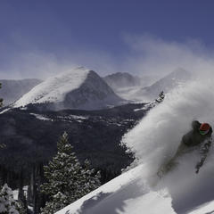 Powder Turn in Vail, Colorado - ©Vail