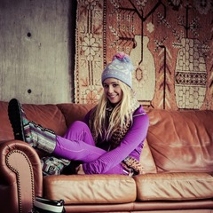 Caroline's more than a pretty face. Mixing her passion with fashion, she's the type of woman who gets excited about finding the perfect hat with a pom pom on top, the pop of color on a zipper pull and the warm feeling of fuzzy winter boots.