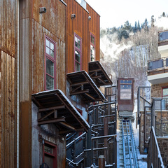 Skip a shuttle ride to the base of Telluride Trail ski run with this six-person funicular. - ©Element 52