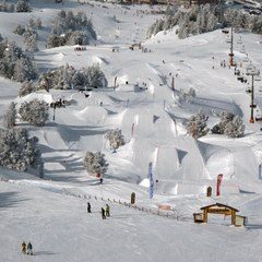 Le snowpark de Chamrousse - ©Sunset Park Snowpark