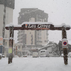 Chute de neige en cours aux Orres...