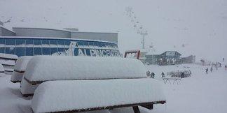 Snehové správy: 50 cm čerstvého snehu za posledných 24 hodín! ©Kitzsteinhorn