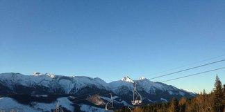 Snehové správy: Slovenskí lyžiari už majú na výber z viacerých otvorených stredísk ©Ski Jezersko - Bachledova