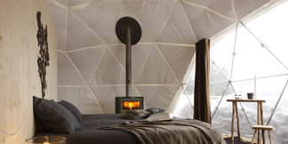 Sleeping on snow: Igloos, tents & ice hotels ©Whitepod