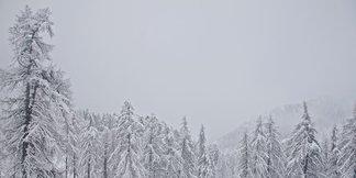 Raport śniegowy: znów śnieżny front na południu Alp, kolejne ośrodki otwierają sezon