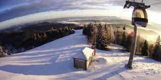 Raport śniegowy: śniegu wciąż mało, mimo to dużo ośrodków otwiera sezon ©FB Kolej Gondolowa Jaworzyna Krynicka S.A.