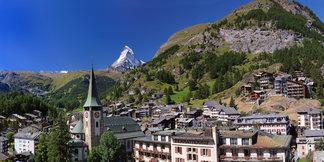 Das Dorf Zermatt - ©Leander Wenger