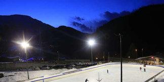Six ski resorts with cool ice rinks - ©Dalmasso Monica