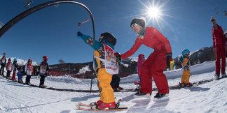 Le printemps, la saison idéale pour débuter en ski ©OT de Risoul