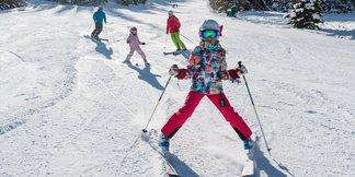 Families Save Big Learning to Ski/Ride in Jan. ©Deer Valley Resort