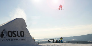 World's Best Boarders Arrive In Oslo For 2012 World Championships