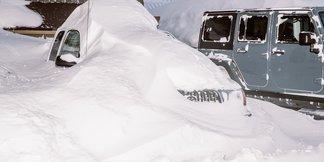 California, Utah Storm Totals Near 100 Inches ©Peter Morning/ MMSA