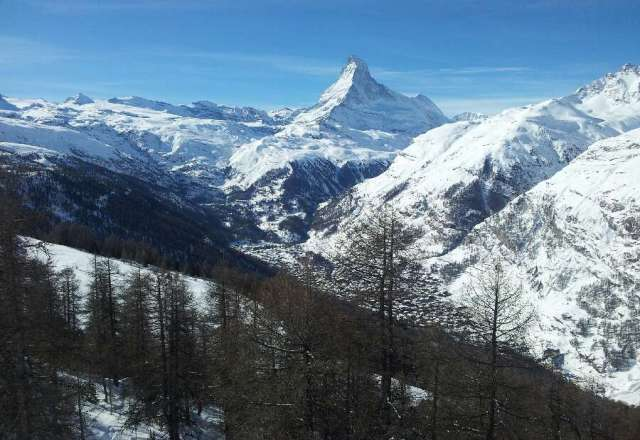 Great journey in Zermatt. 3 S experience :  ski, sun & snow.