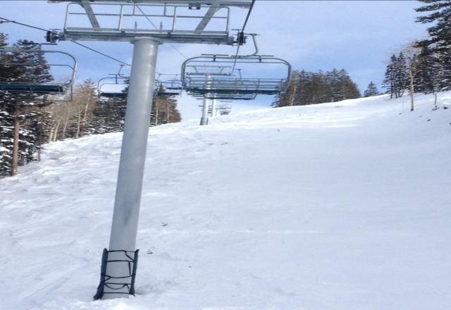 nobody on the lifts. get to the point! best resort ever!