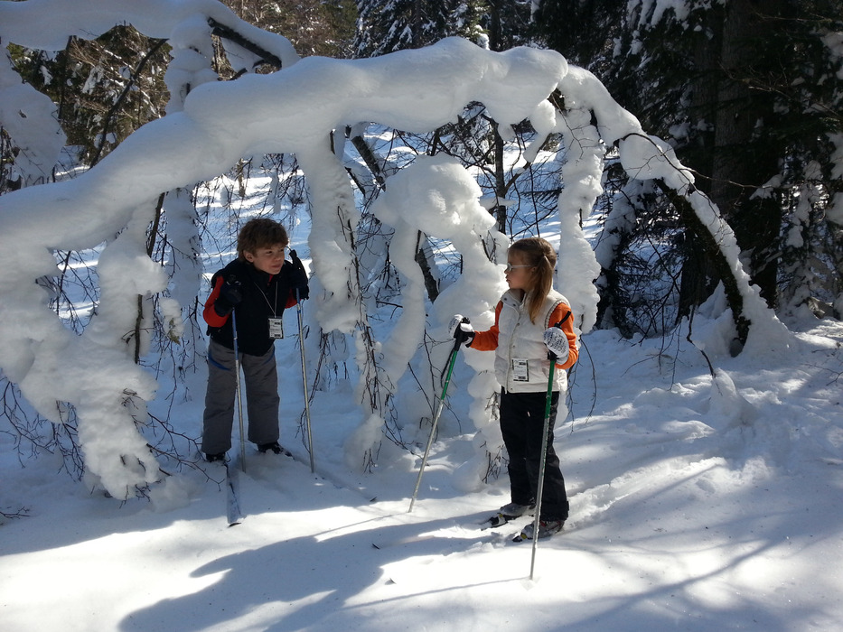 Découverte des joies du ski de fond pour les enfants à Monts Jura - © Alain Girod