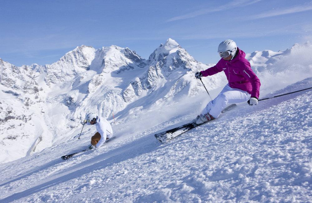 Ski total auf 3.303 Metern in St Moritz (Corvatsch - © ENGADIN St. Moritz