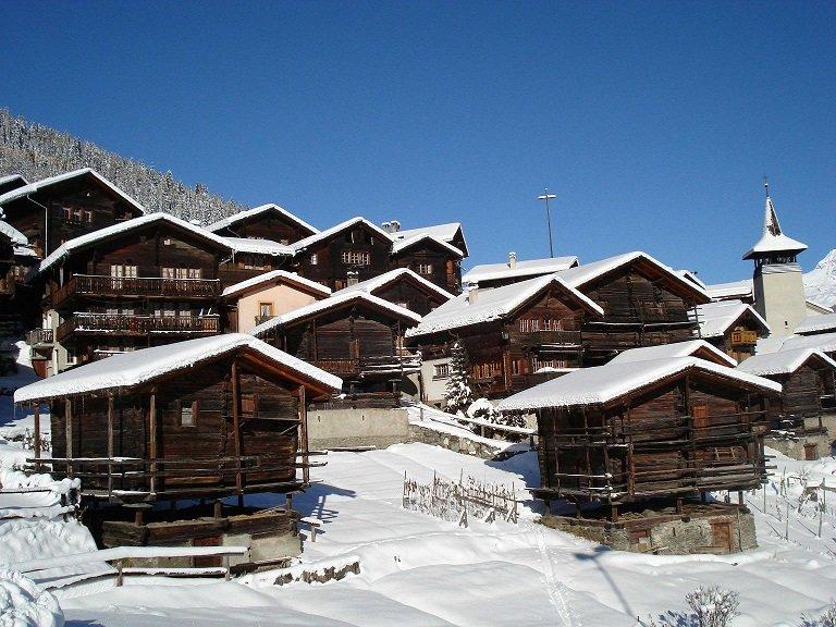 Grimentz, Switzerland - © Powder Heaven