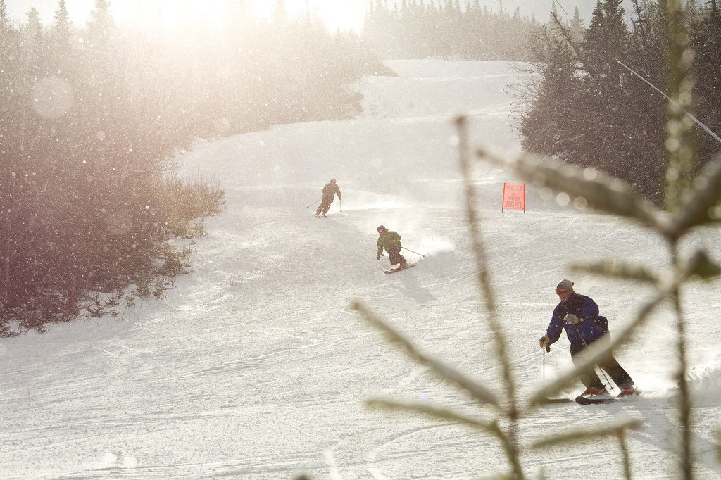 Sugarloaf's Zoom Rooms card let's you ski 'til sundown with piece of mind. - © Sugarloaf