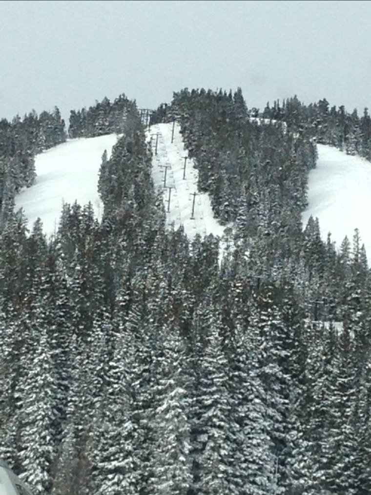solid packed powder conditions they need to start opening more runs asap!!!!!