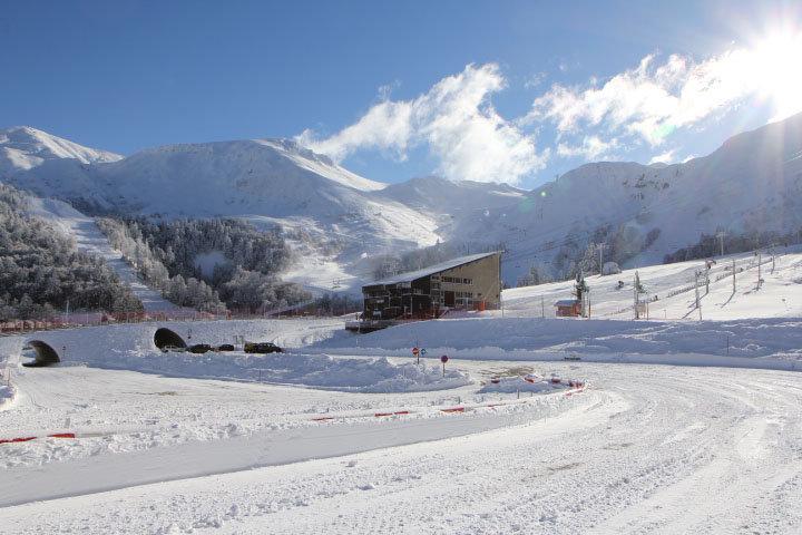 La gare de départ du téléphérique du Mont Dore - © Office de Tourisme Massif du Sancy