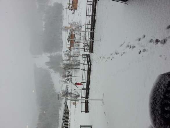 Strong winds.low visibility. Very nice and big flakes.Saved the week. ..