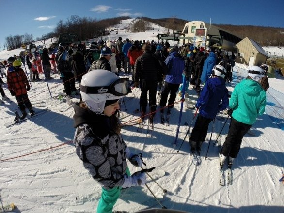 Snow is perfect for a hot day ! Place got packed !! But still a great day!